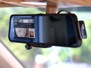 A rear view mirror dash cam